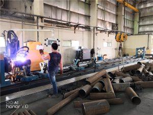 Fiber lazer kesim için çelik kesme makinası metal boru kesme